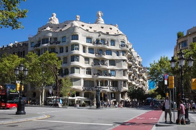 visit la pedrera by day and night exterior barcelona
