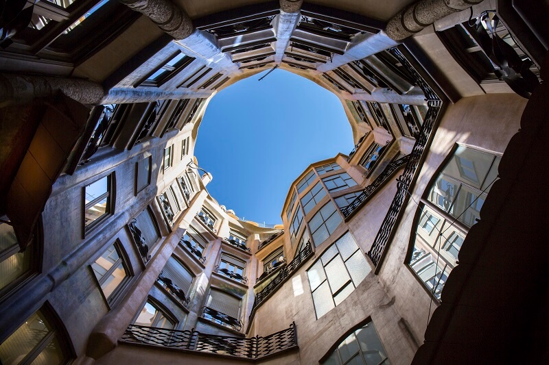 visit pedrera premium open courtyards